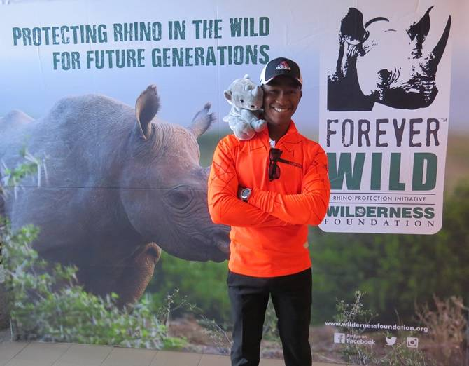 Pearl Valley raises R120 000 for Rhino Conversation